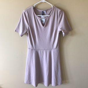 NWT Mauve Short Sleeve Dress